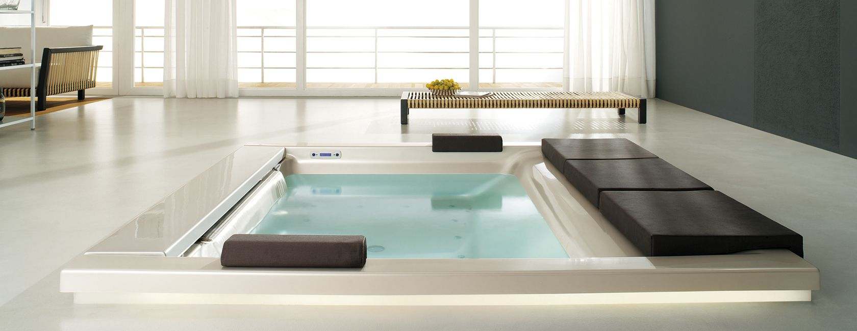 Luxus badezimmer mit whirlpool  Luxury Hot Tub for the Living Room. | Luxury Hot Tubs & Bath Tubs ...