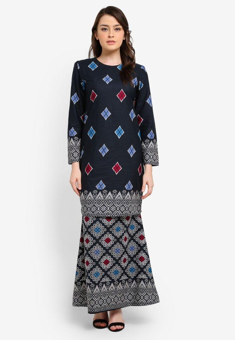 Pin by bekti rohmawati on b tenun pinterest batik dress