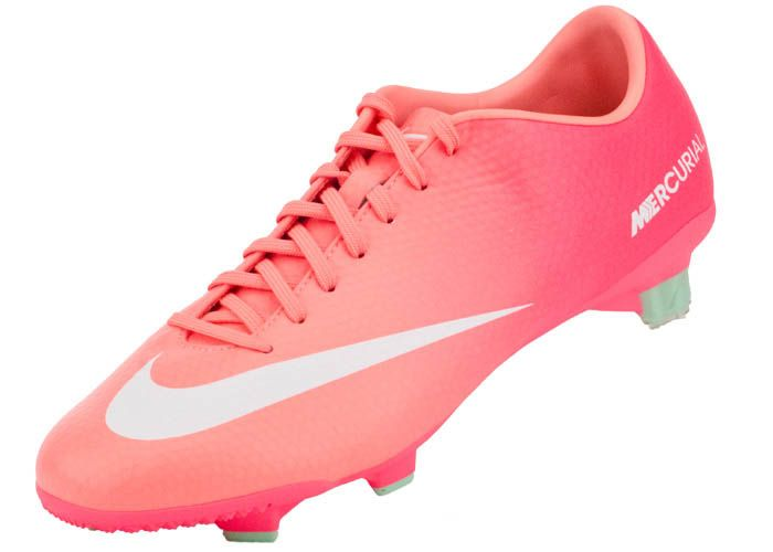 nike girls soccer shoes