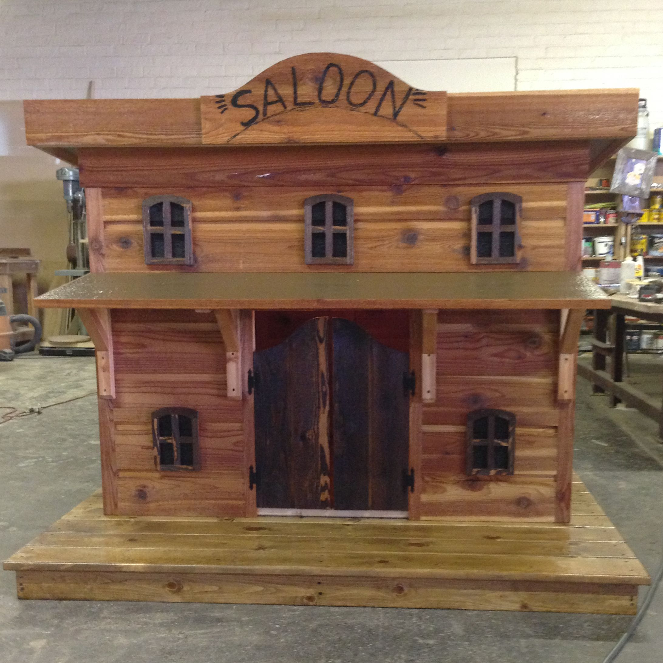 Custom Built Bow Wow Doghouses Let Your Dog Unwind In His Very