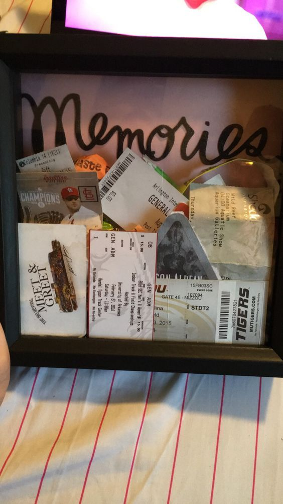 Memories shadow box easy valentines gift ideas for him for Gift to give your boyfriend for his birthday