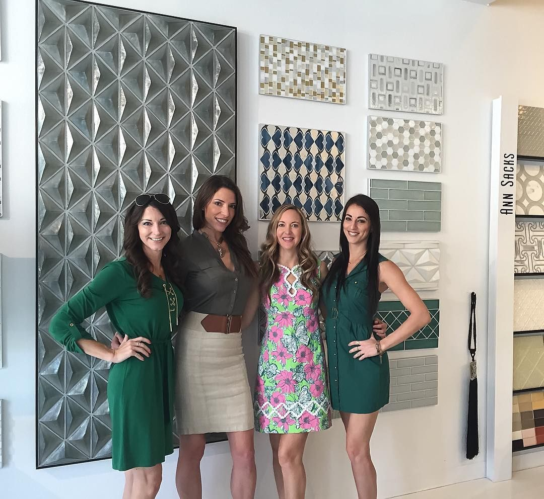 """#RileyID Owner/Principal Interior Designer @carrieriley & Interior Designer @surfgrly23 at today's festive St Patty's day """"lunch & learn"""" @tilemarket hosted by @brigidsrq who never disappoints #IrishCoffeesInTheHouse #InteriorDesign #GlassTile #JobLove by rileyinteriordesign"""