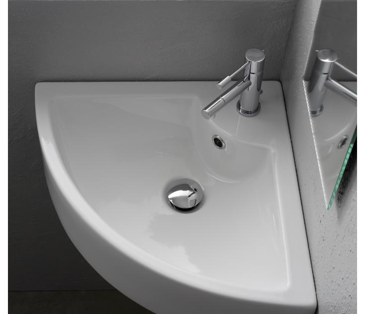 Corner Mounted Faucet