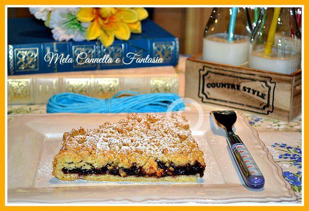 Sbriciolata con marmellata di frutti di bosco e scaglie di cioccolato fondente #sweet, #tasty, #delicious #recipes, #yummy, #foodporn, #jam