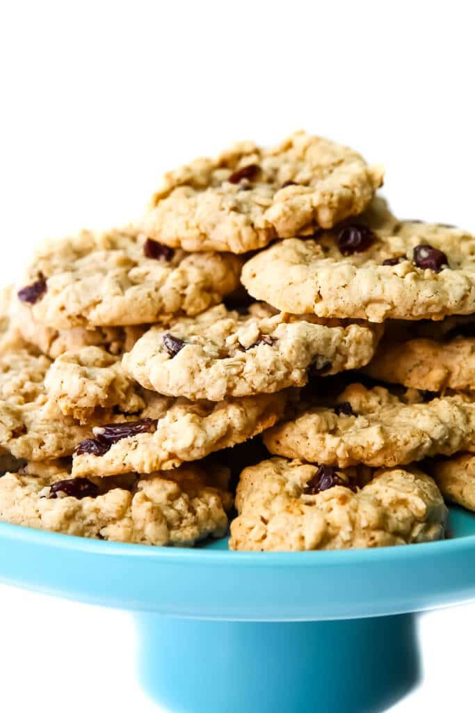 The BEST Vegan Oatmeal Cookies! This is the best v