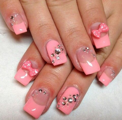 cute nails with diamonds | Bows and diamond nails super ...