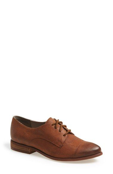 Free shipping and returns on Hinge 'Benito' Lace-Up Oxford (Women)
