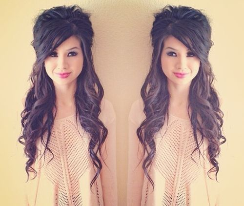 Loose Curls With High Bump And Pulled Back Bangs Hair Styles Curly Hair Styles Hair Inspiration