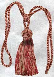 Turkknot Tie-Back Single Tassel with Turkknot