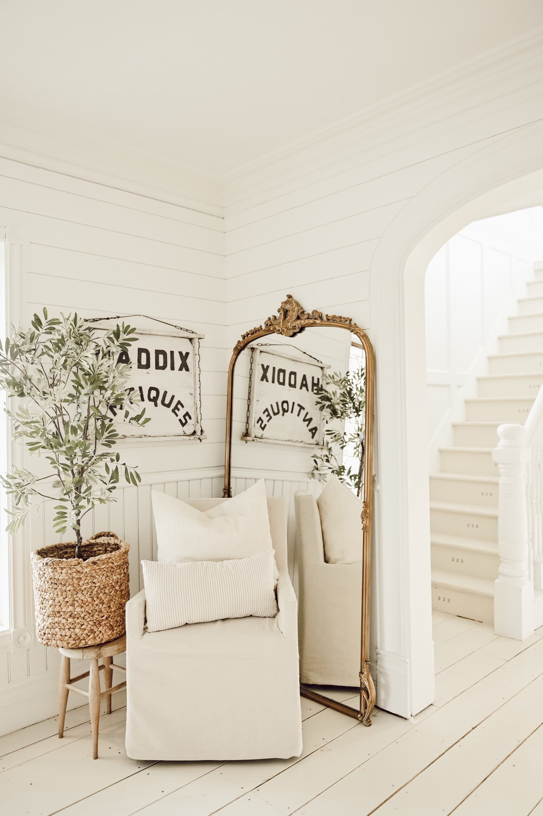 Get The Most Beautiful Mirror In The World For Free Home Decor