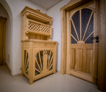 Vitrine Handarbeit Holz Möbel Holzmöbel Esszimmer Wohnzimmer