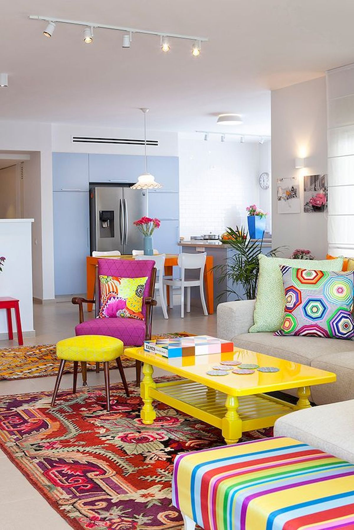 80 Stunning Colorful Living Room Decor Ideas And Remodel For