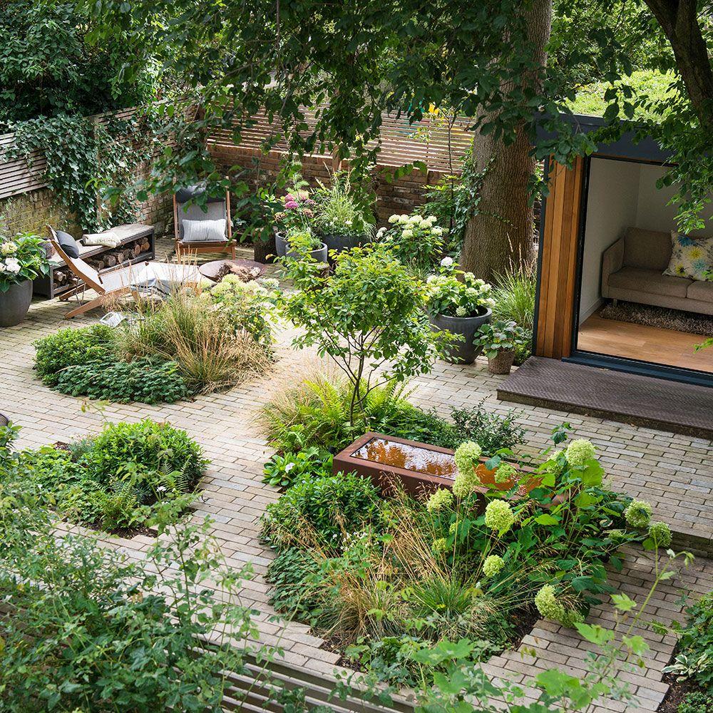 Potter Around A Divine Urban Garden Makeover In North London In 2020 Backyard Landscaping Urban Garden Low Maintenance Garden