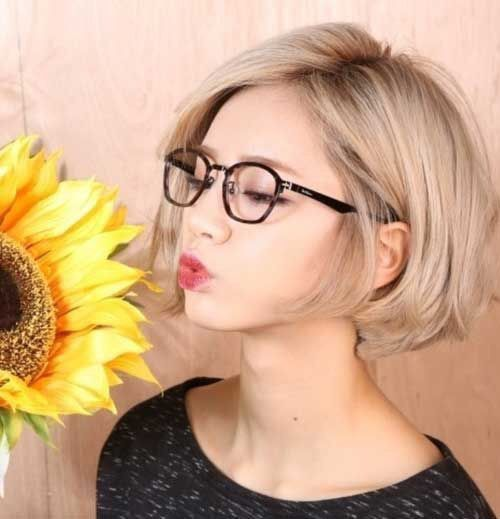 Also Love These Glasses Hair Styles Short Hair Styles Bob Haircut For Girls