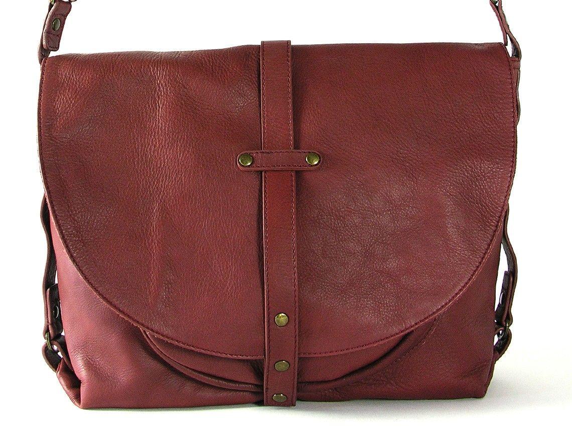 Un grand sac à main en cuir pour les aventures quotidiennes