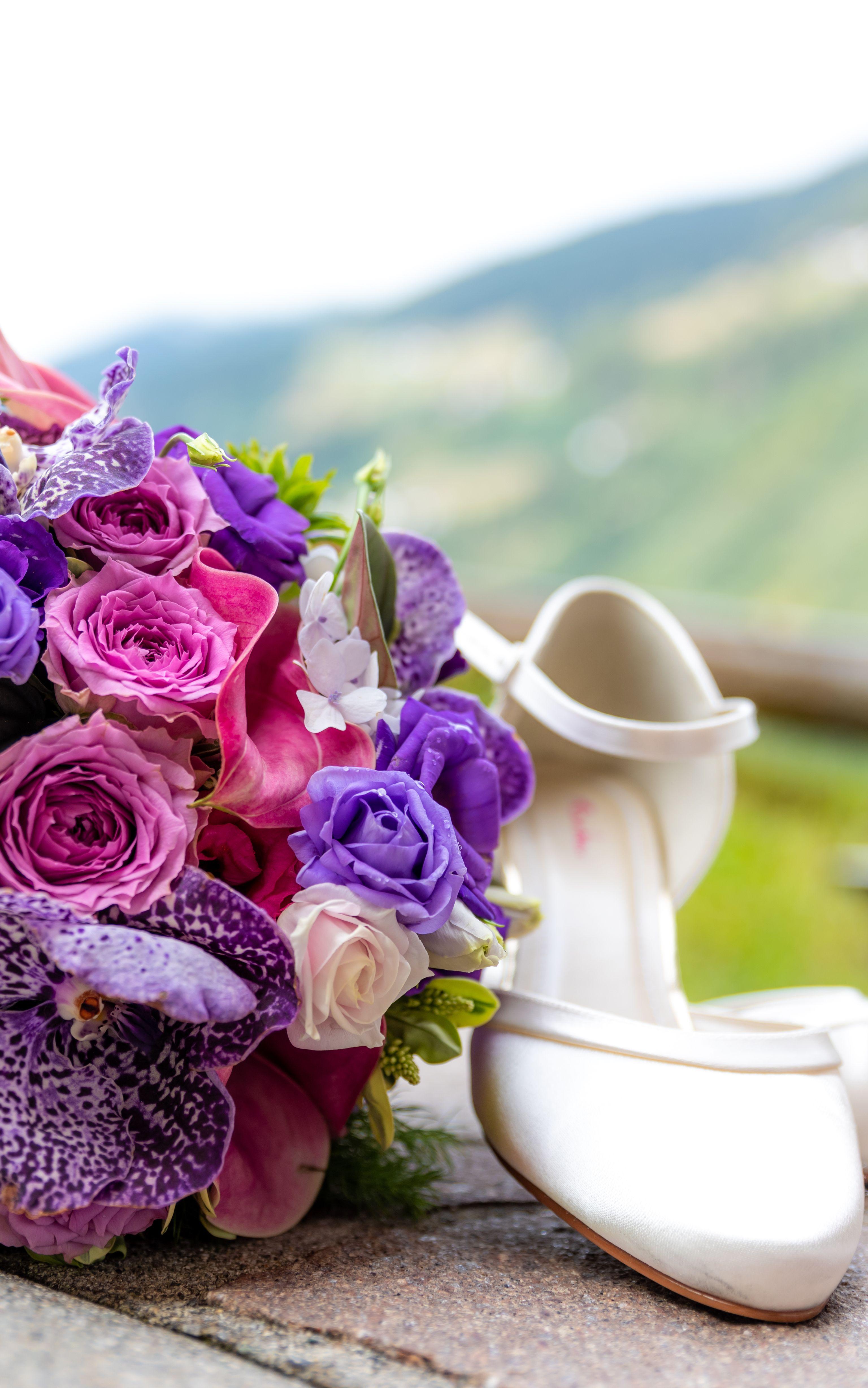 e46fbdae9164 Schöne und bequeme Brautschuhe für den schönsten Tag im Leben zu finden,  ist gar nicht
