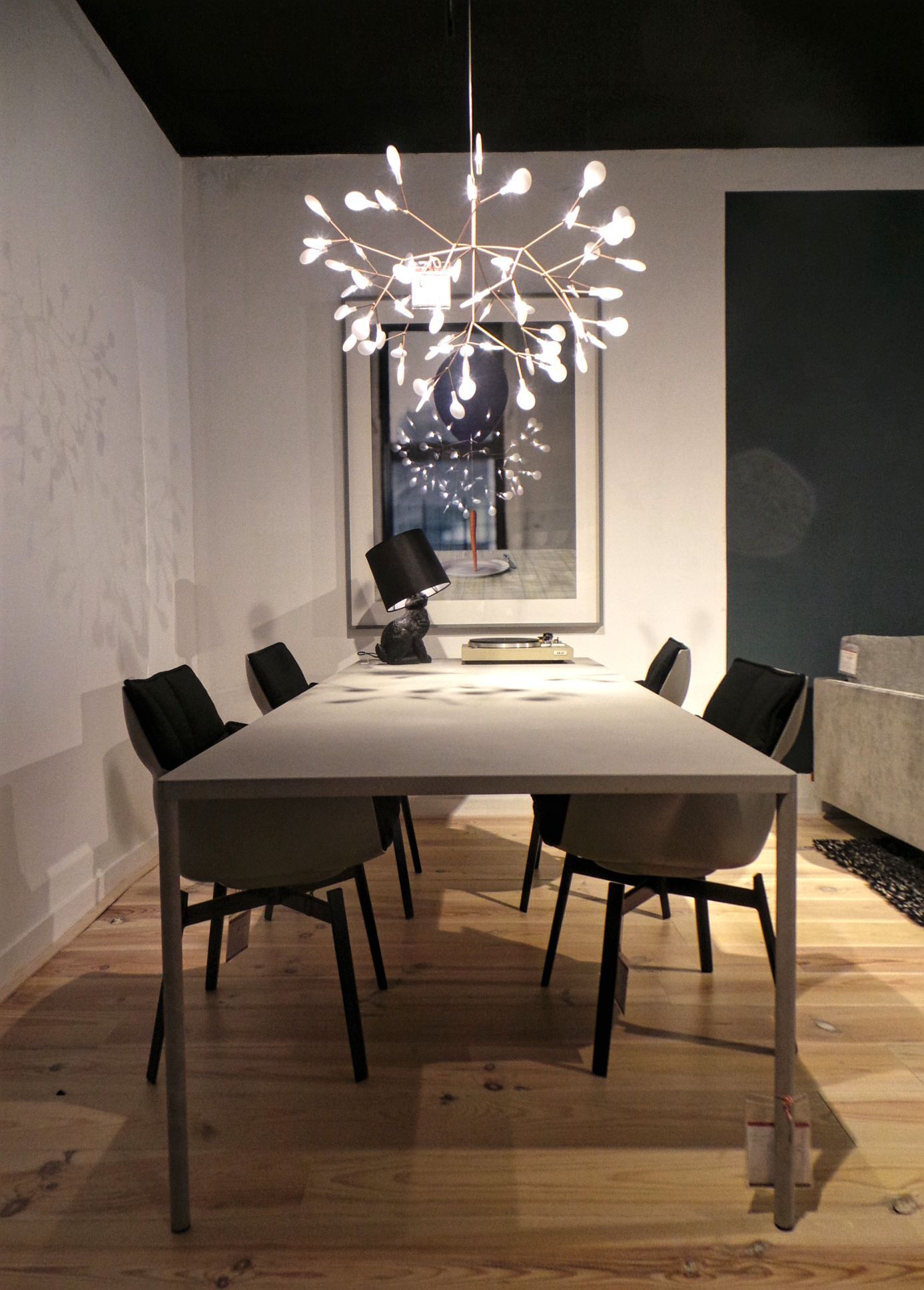 Dinner Table Lighting Ideas B Andb Italia Chair Mdf Table Moooi Table Lamp Moooi