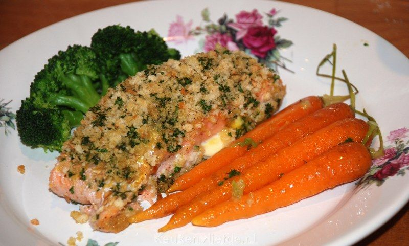 Zalm uit de oven met krokante peterseliekorst - Keuken♥Liefde