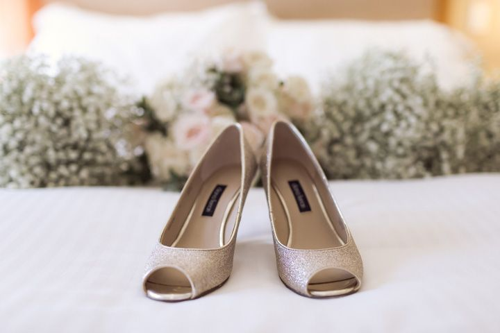 Rose gold peep toe bridal heels | itakeyou.co.uk #wedding #classicwedding #pinkwedding #weddingreception #huntervalleywedding #australiawedding #destinationwedding