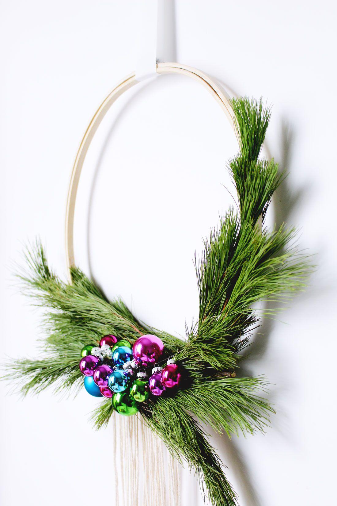 Diy Scandinavian Style Wreath Fish Bull Christmas Wreaths Modern Christmas Wreaths