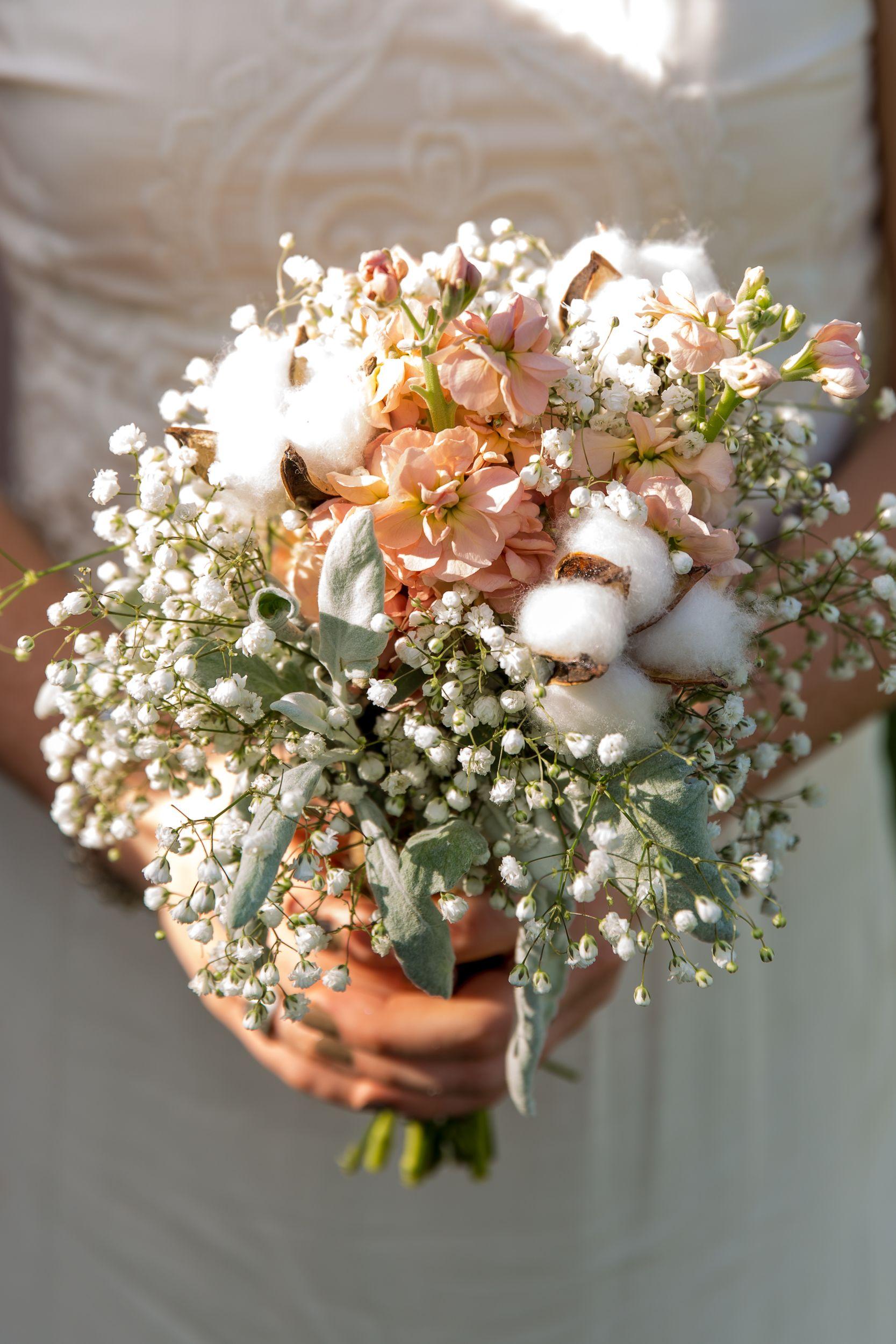 Rustic Cotton And Baby S Breath Bridesmaid Bouquets Bridesmaid Bouquet Flower Bouquet Wedding Hand Bouquet Wedding