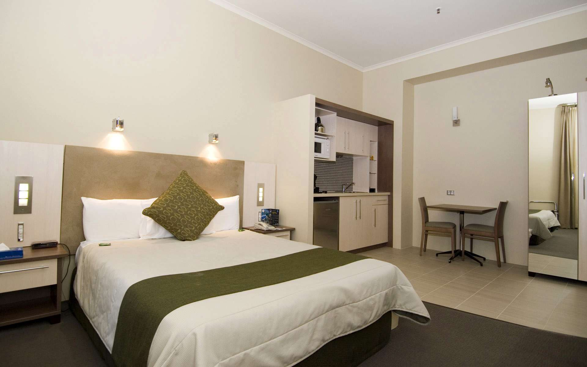 Bedroom interior hd pics click here to download in hd format ueue interior wallpaper hd