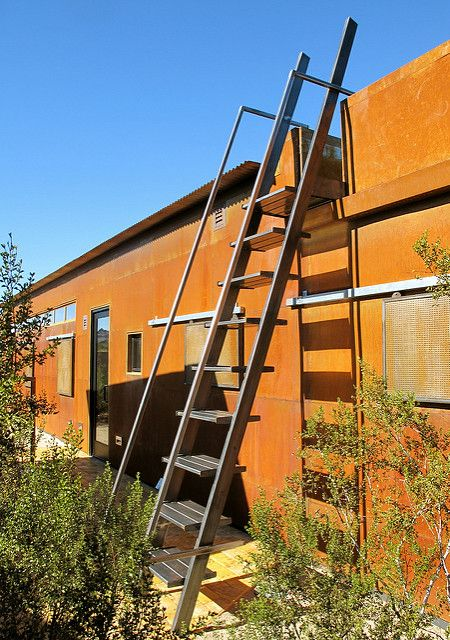Best Steel Ladder By Tk Smith In 2020 Ladder Traditional 400 x 300