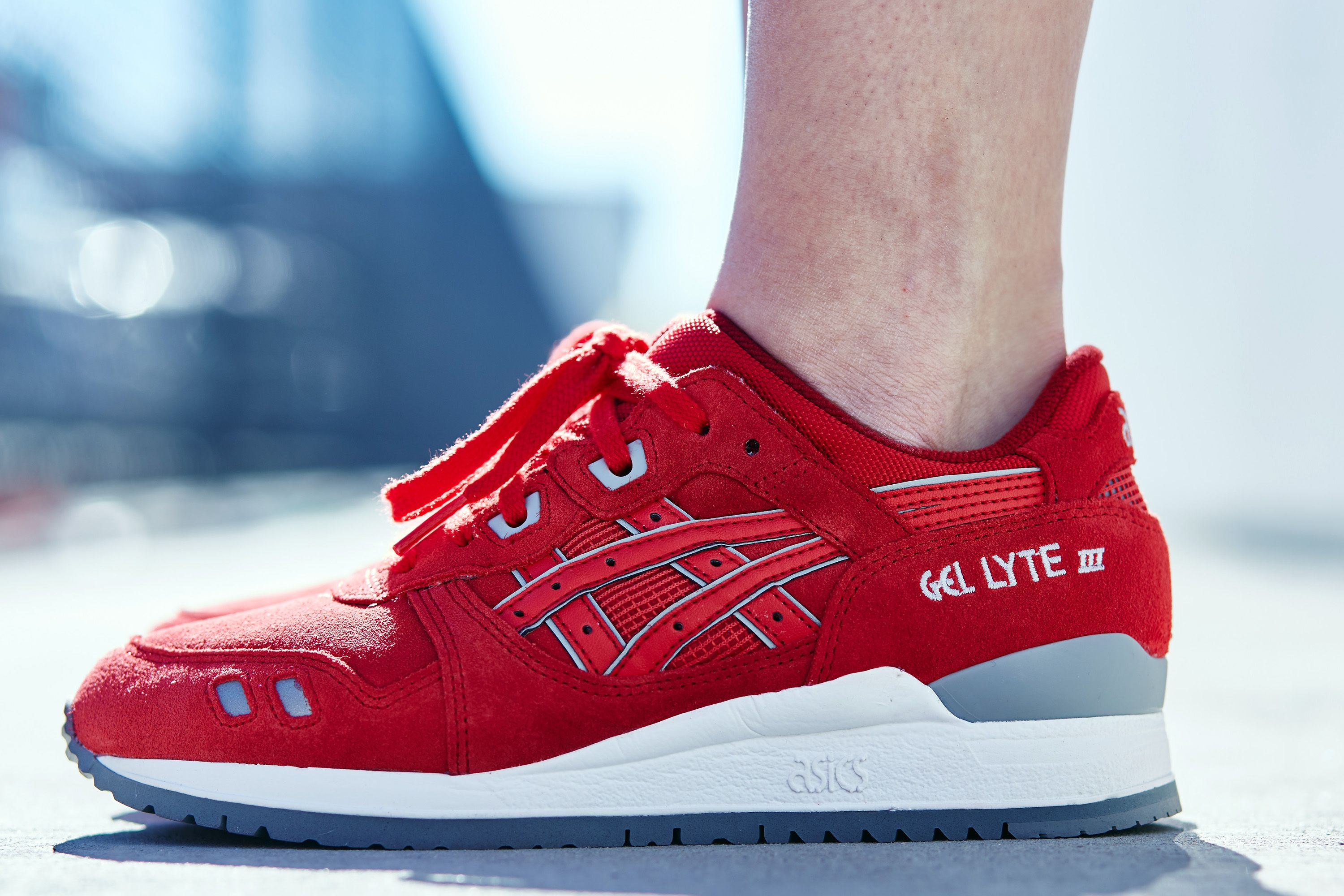 all red asics gel lyte iii