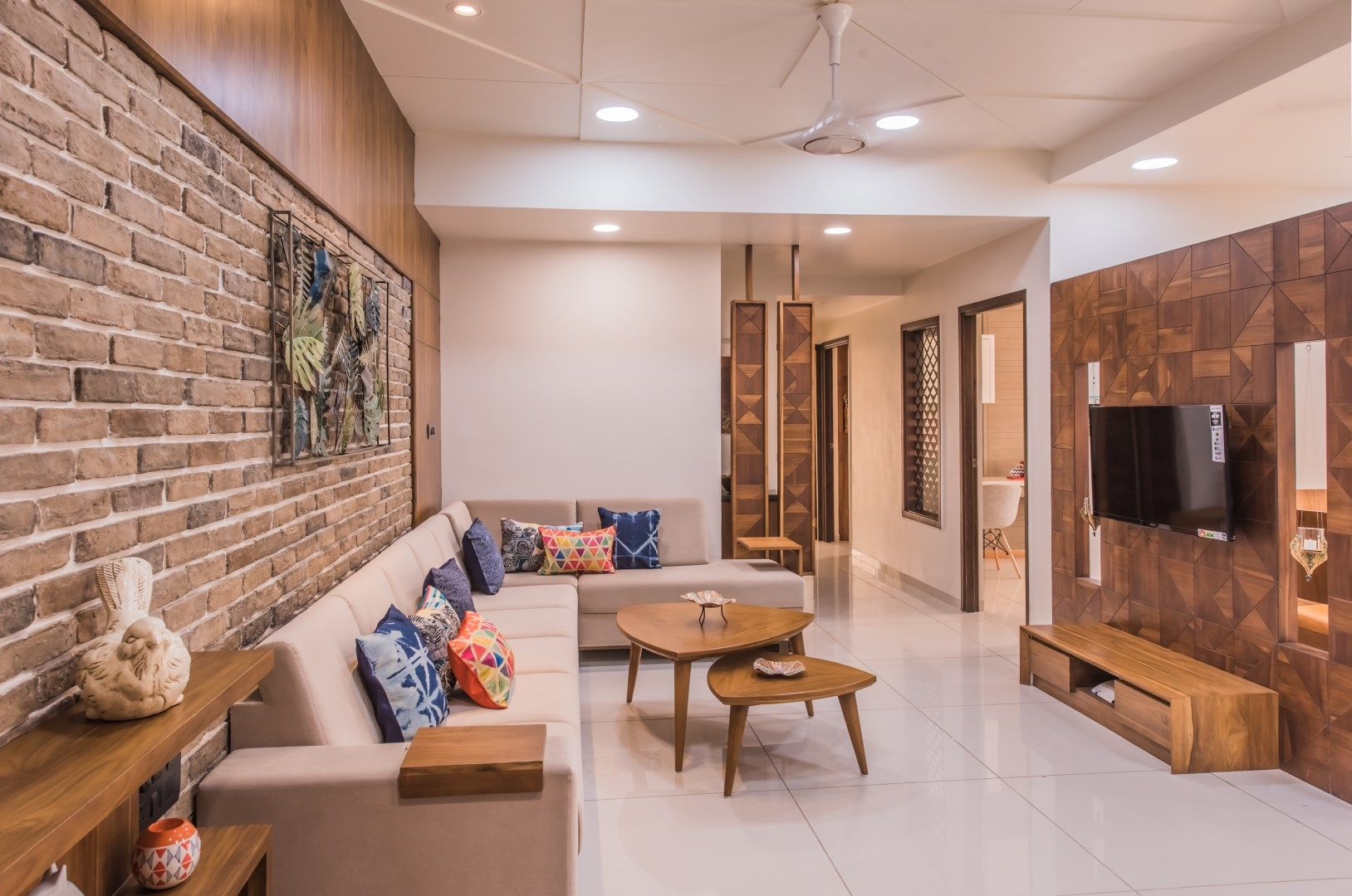 Beautifully Crafted House With Images Brick Cladding Bungalow