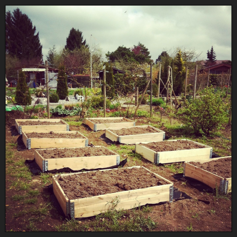 paletten hochbeete naturgarten pinterest. Black Bedroom Furniture Sets. Home Design Ideas