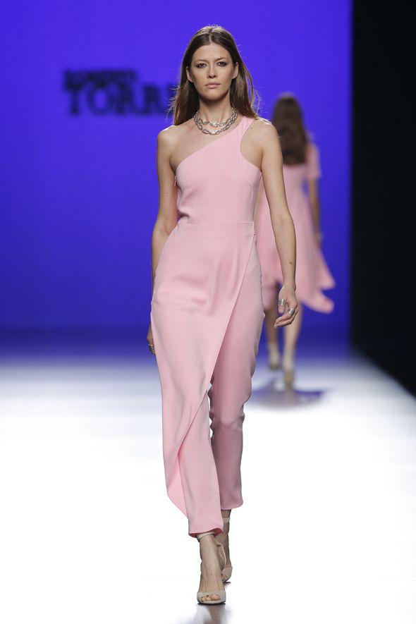 Los 18 looks imprescindibles de la Fashion Week Madrid   Desfiles ...