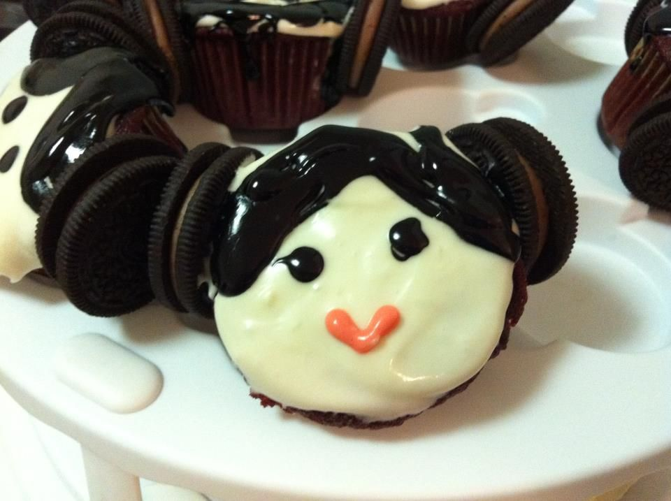 These are red velvet cupcakes that I decorated for a Star Wars themed baby shower. A jedi was born!