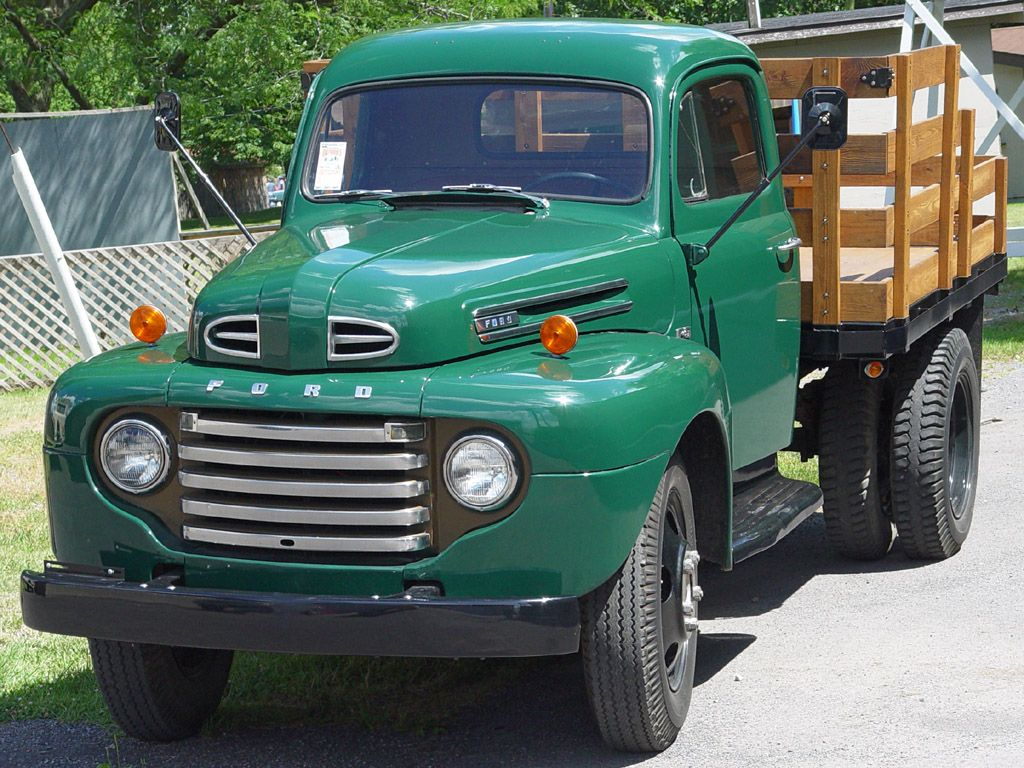 Old Ford Stake Bed Truck With Images Ford Pickup 1952 Ford