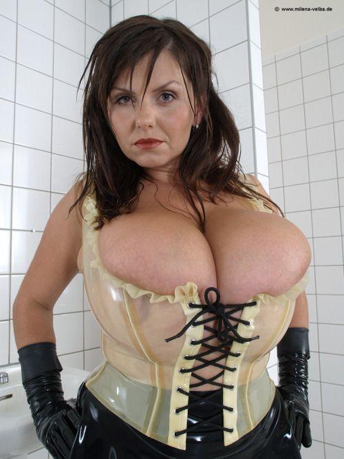 korsett bröst latex