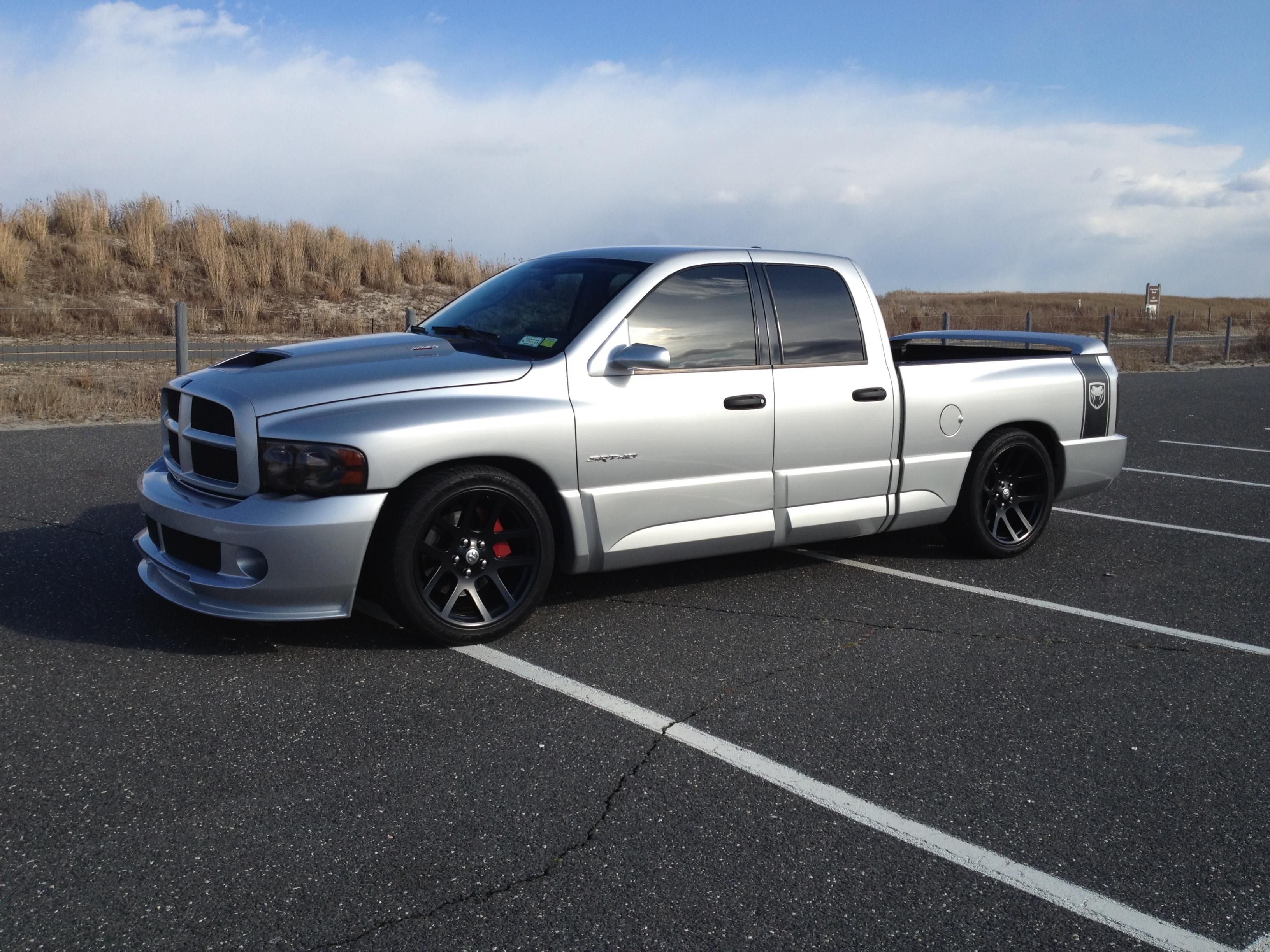 Dodge ram srt 10 lowered