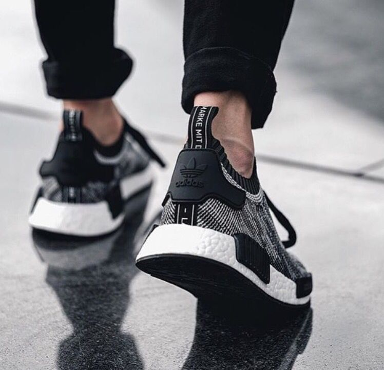save off d5556 4d031 Adidas NMD-R1 Primeknit Oreo Feb2016.
