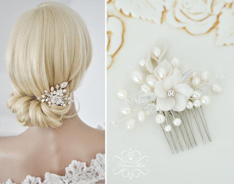 Braut haarschmuck mit perlen  Braut Haarschmuck Blüte Perlen Hochzeit Haarkamm | Hochzeit ...