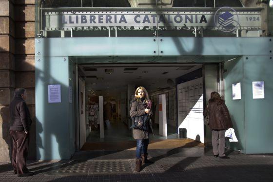Cae la librería Catalònia   Cataluña   EL PAÍS