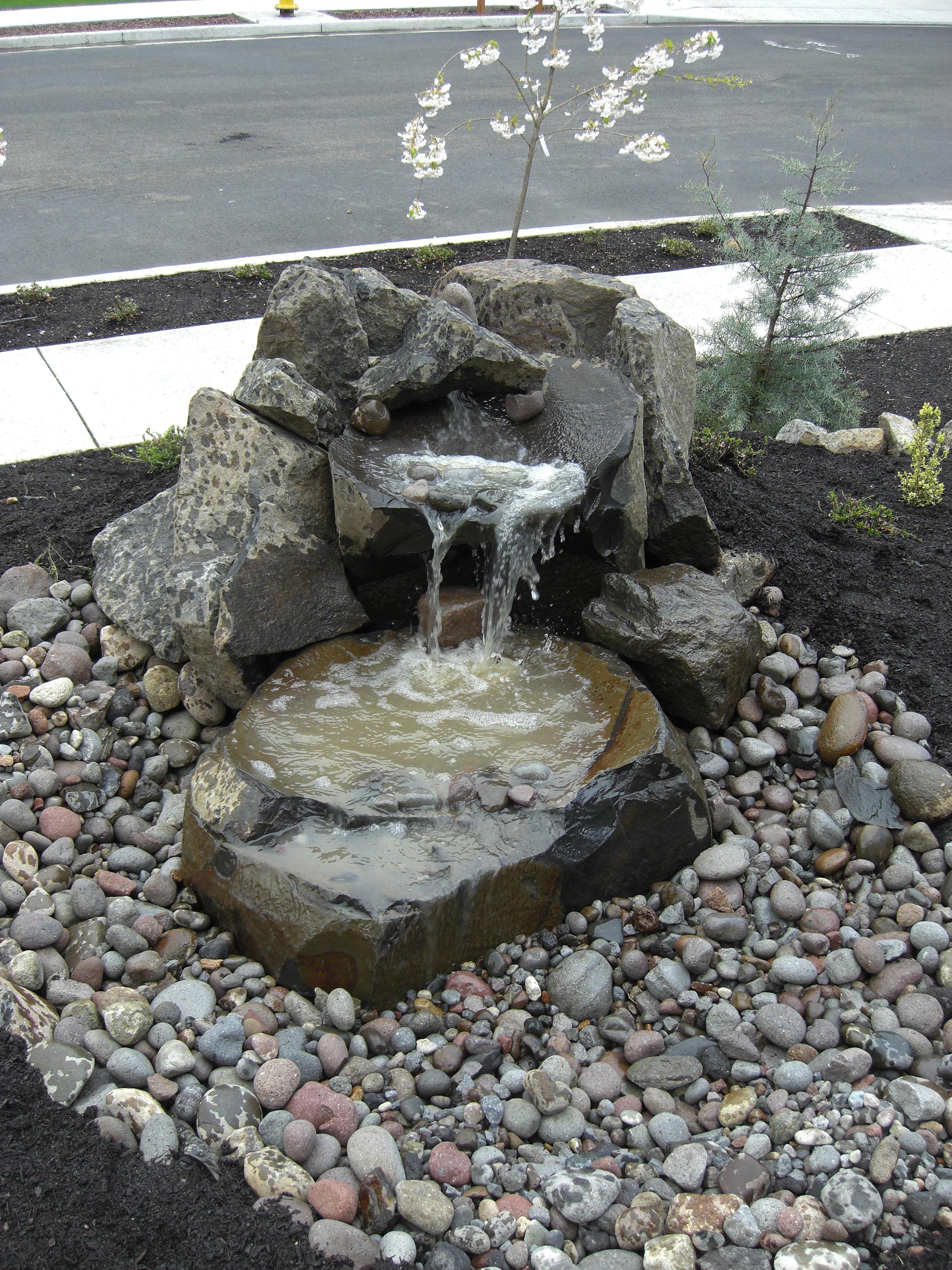 Small Rock Garden Design Ideas Home Ordinary Front Yard Water