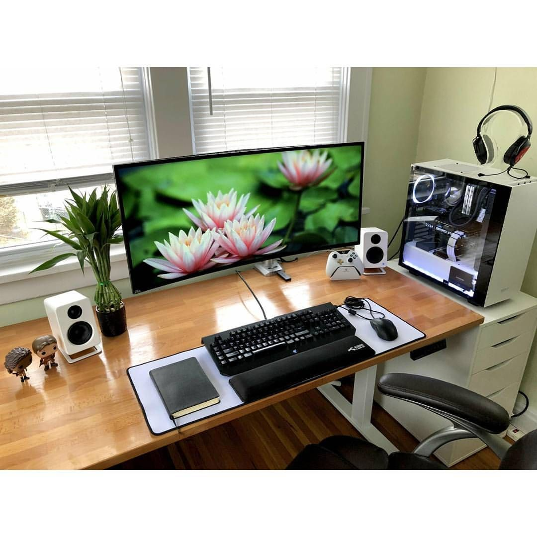an incredibly cozy setup b computer desk in 2019 cozy home rh pinterest com