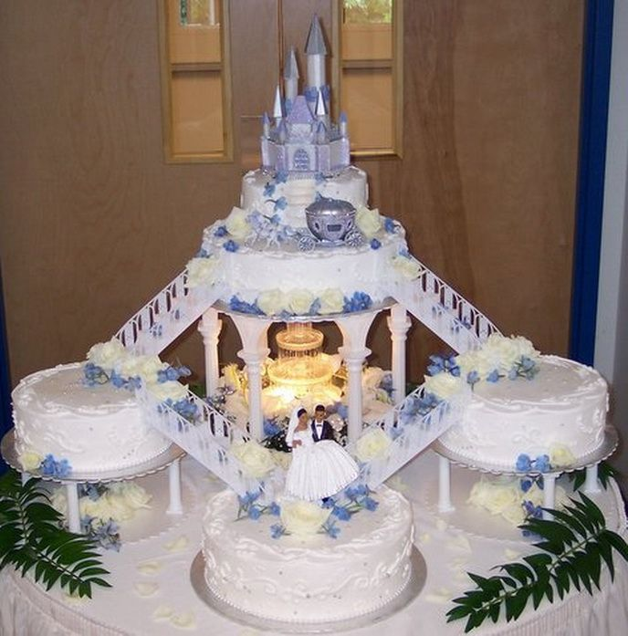 pics of wedding cakes with fountains wedding cakes with fountains and stairs blue roses and 18347