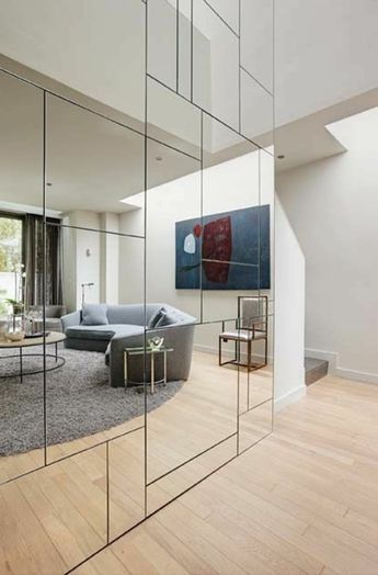 Amenagement De Placard Avec Porte De Placard Couli In 2020 Bedroom Wall Decor Above Bed Mirror Wall Wall Mirrors Entryway