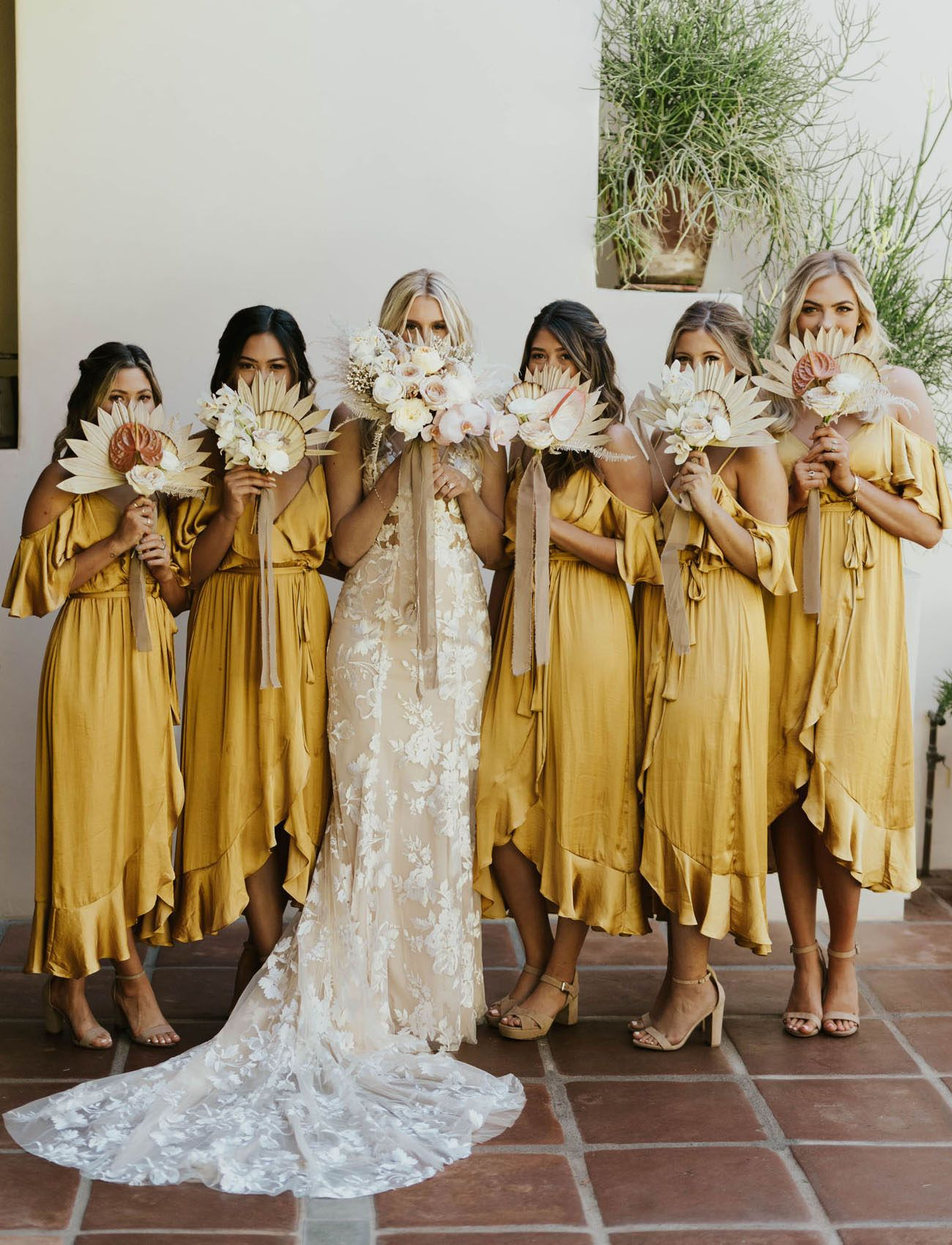 This Desert Meets Tropical Wedding In Palm Springs Brings The Mustard Yellow Hues Green Wedding Shoes Bridesmaid Dresses Boho Yellow Bridesmaid Dresses Yellow Bridesmaids [ 1700 x 1300 Pixel ]