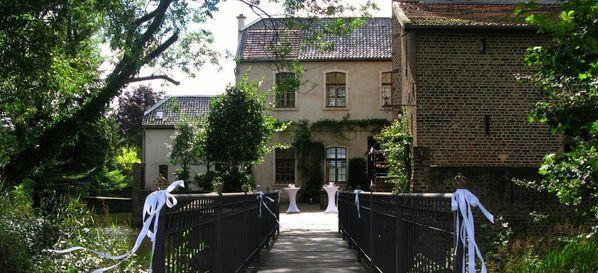 Hochzeitslocation Koln Wasserburg Burg Bubenheim Norvenich 1