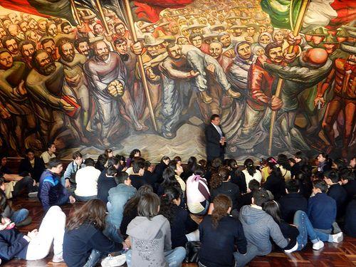 Del Porfirismo a la Revolución - Siqueiros | 1957-1966 Volver a contar historias en las paredes, pero ahora las del pueblo. El muralismo.