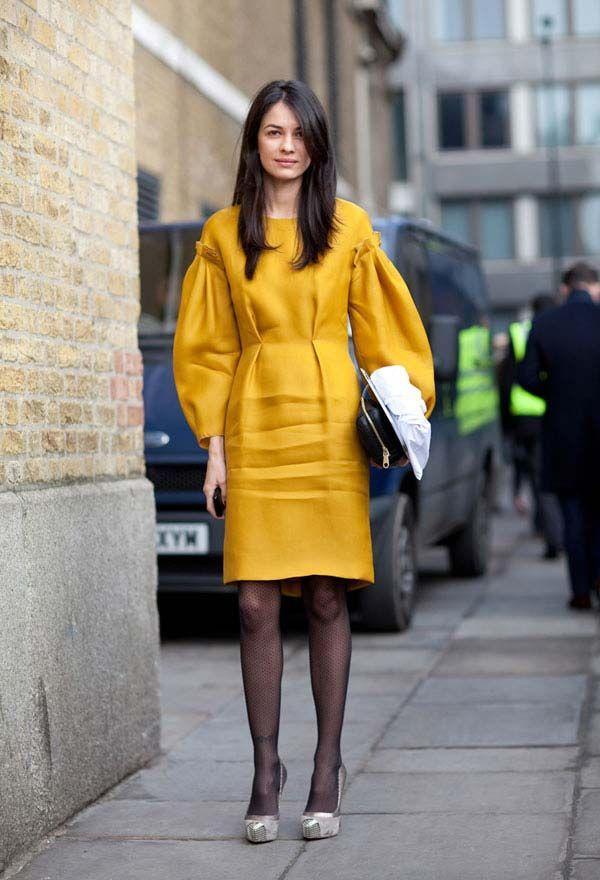 Sheer tights are making a major comeback. #streetstyle #londonfashionweek