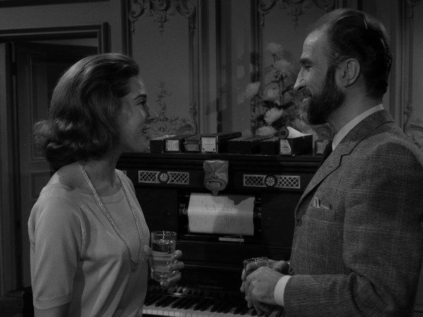 The Twilight Zone Episode 87 A Piano In The House Twilight Zone Episodes Twilight Zone Episode