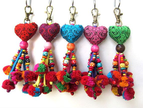 Heart Keychain 10pcs+ Fabric Heart Pom Pom beaded Keychain Pom Pom Purse Charm Heart Purse Swag Assorted Colors Wholesale Accessories