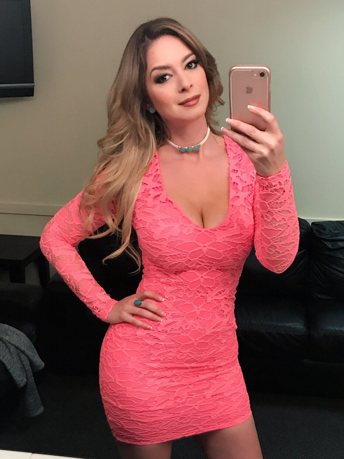 Anais Salazar Nude pin en actrices conductoras