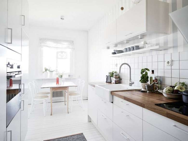 Pareti A Righe In Cucina : Come arredare la cucina in stile nordico nel 2019 small kitchens